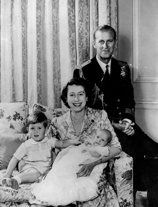Princ Filip in krlajica Elizabeta II  Vir: Twitter