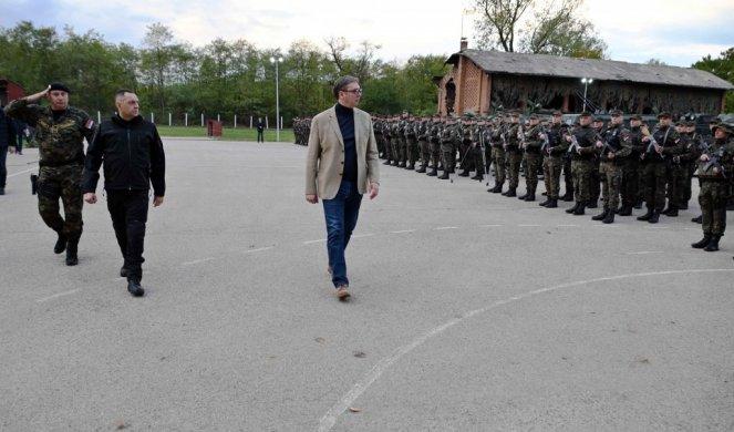 Vučić v Kraljevu  Vir: Twitter, Novosti