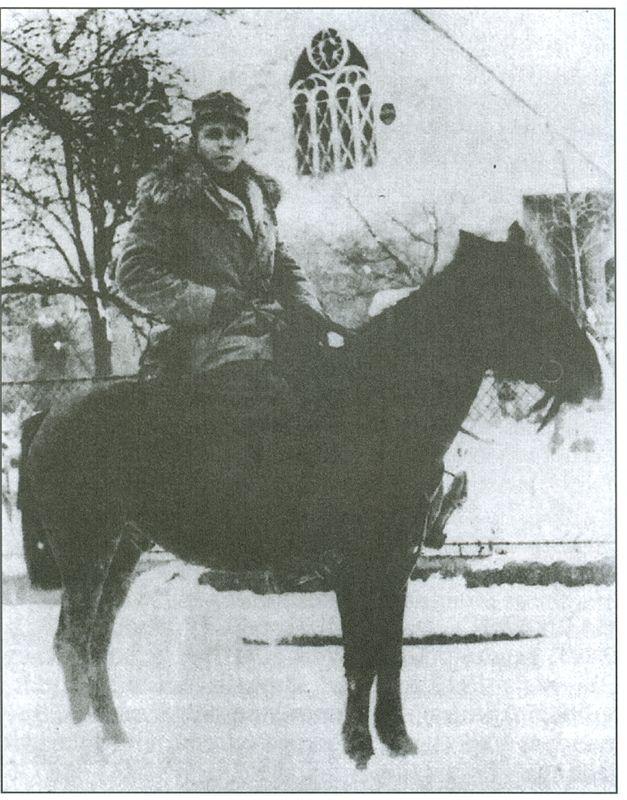 Franjo Malgaj na konju :Vir: Janko Štampfl, zasebna zbirka