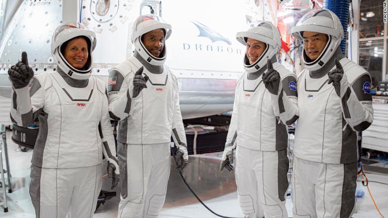 Astronavti na poti proti mednarodni vesoljski postaji Vir:NASA