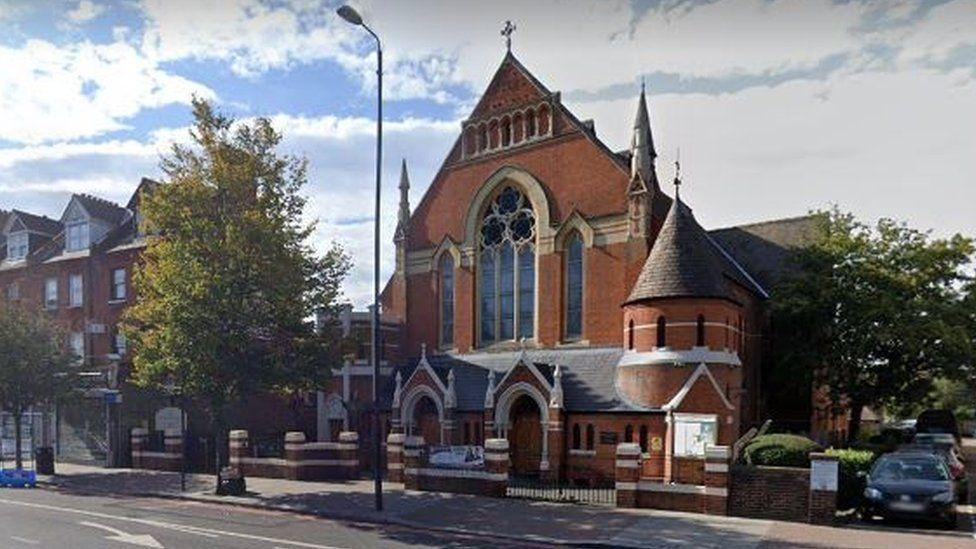 Cerkev v Belhamu   Vir: Google