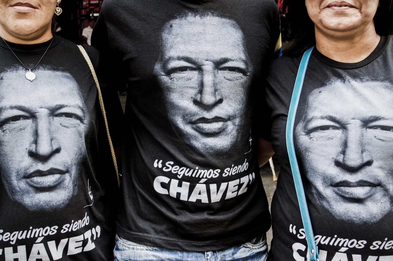 Chavez na majicah