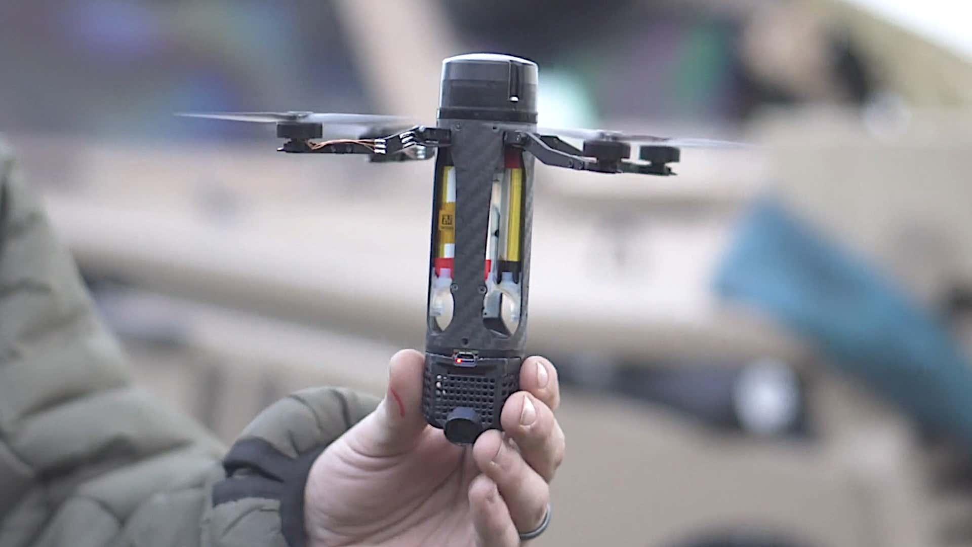 Ročna granata - dron  Vir: Warzone, Twitter