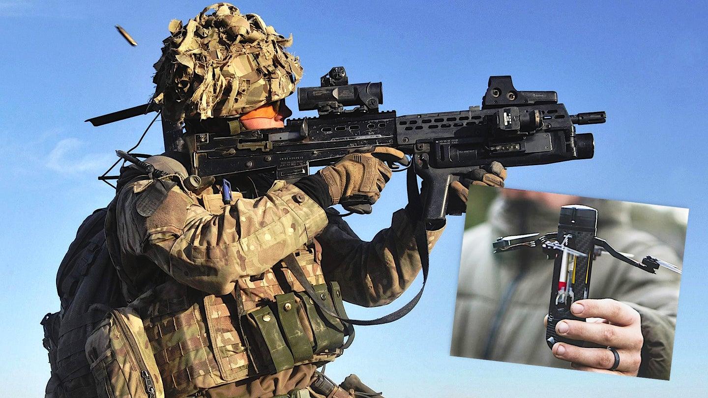 Britanski specialec in dron  Vir:Warzone, Twitter