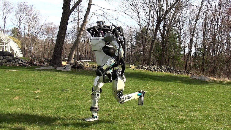 """Robot, ki """"džogira"""""""