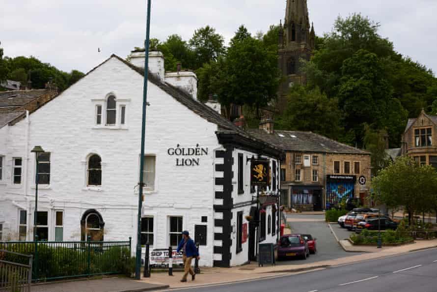 Golden Pub   Vir: Guardian
