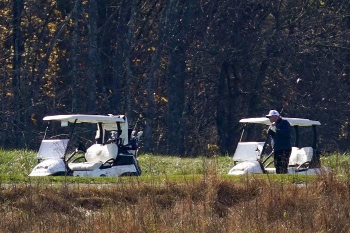 Trump na igrišču za golf na dan poraza Vir:Twitter