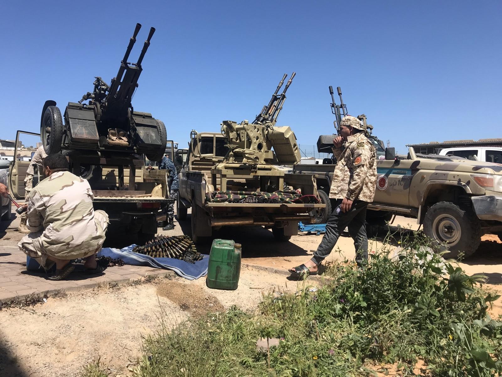 Libija, borec vladnih sil Vir:Pixsell