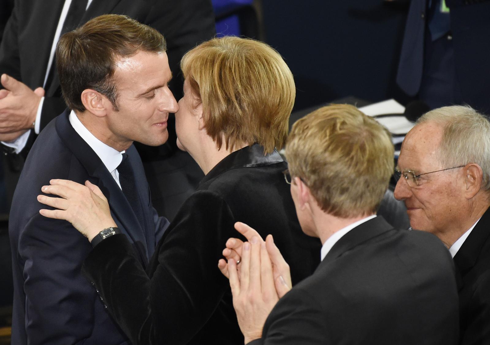 Macron in Merkel, komemoracija ob koncu vojne, Berlin Vir:Pixell