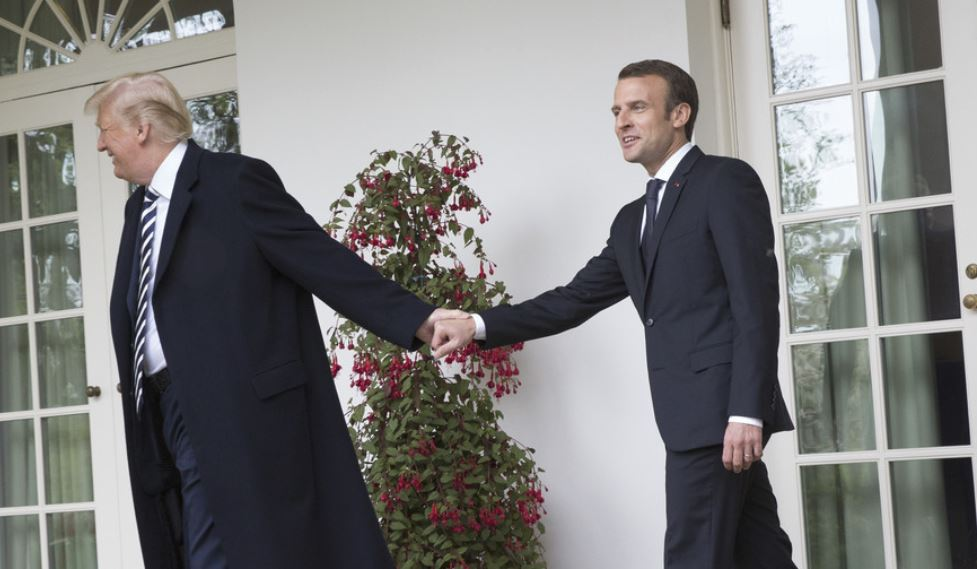 Macron in Trump Vir:Global Look Press