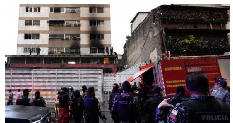 Zgradbe blizu mesta napada na Madura, Venezuela