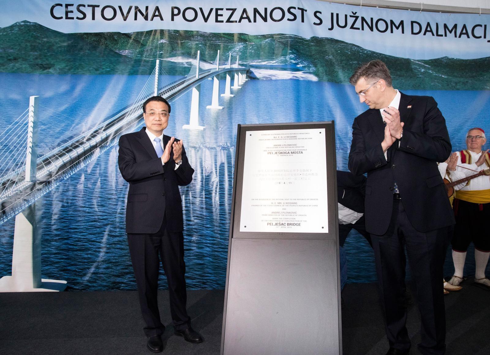 Li Keqiang in Andrej Plenković, most na Pelješac Vir:Pixsell