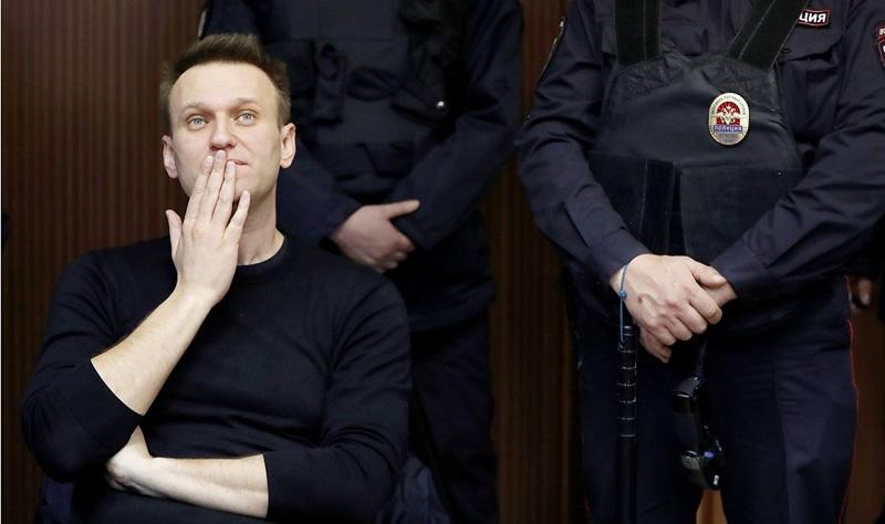 Aleksej Navalni med enim od sojenj  Vir: Twitter