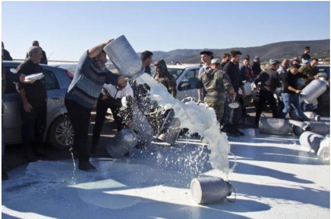 Protest proizvajalcev mleka na Sardiniji. Vir: Twitter
