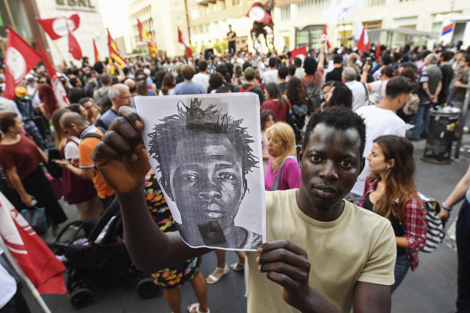 Protesti migrantov - Italija