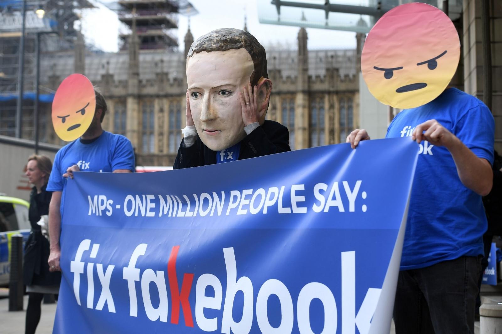 Facebook - protesti v Bruslju Vir:Pixell