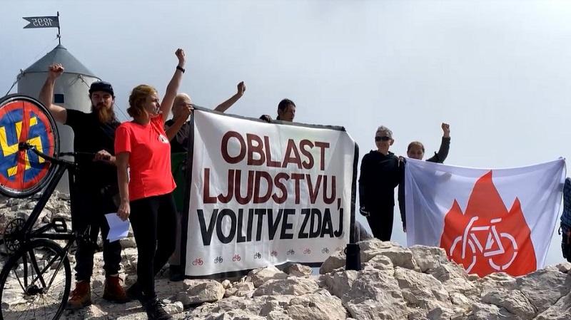 Protestniki na Triglavu
