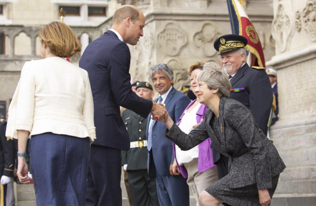 Theresa May in nenavadni prikloni