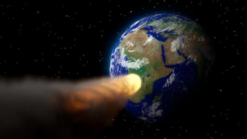 Asteroid je pravkar za las zgrešil Zemljo. In nihče sploh ni vedel, da bo priletel tako rekordno blizu ...
