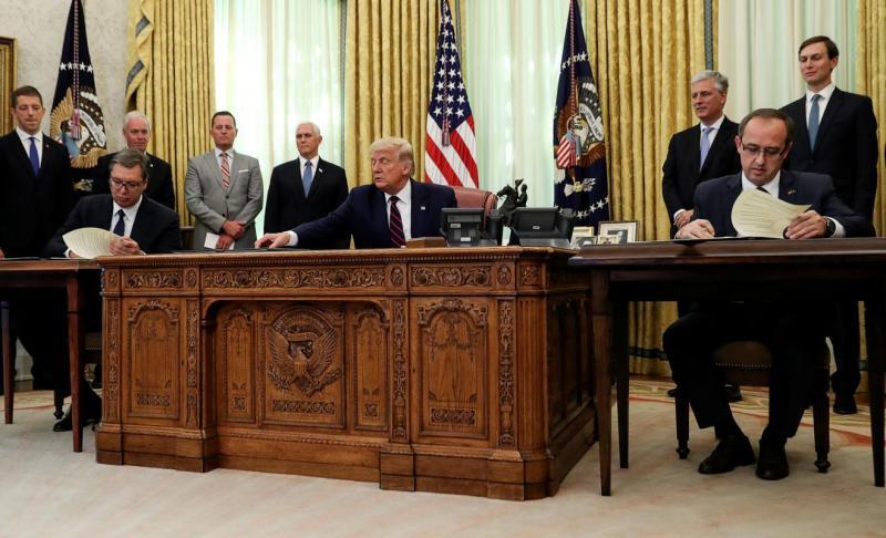 ZDA, Srbija in Kosovo: sporazum, ki je vsakemu dal nekaj, največ pa - Trumpu in Izraelu