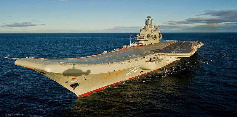 Rusija: Edina ruska letalonosilka dobila ogromno luknjo