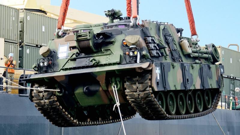 Luka Koper bi lahko postala vstopna logistična točka za vojaško opremo ZDA