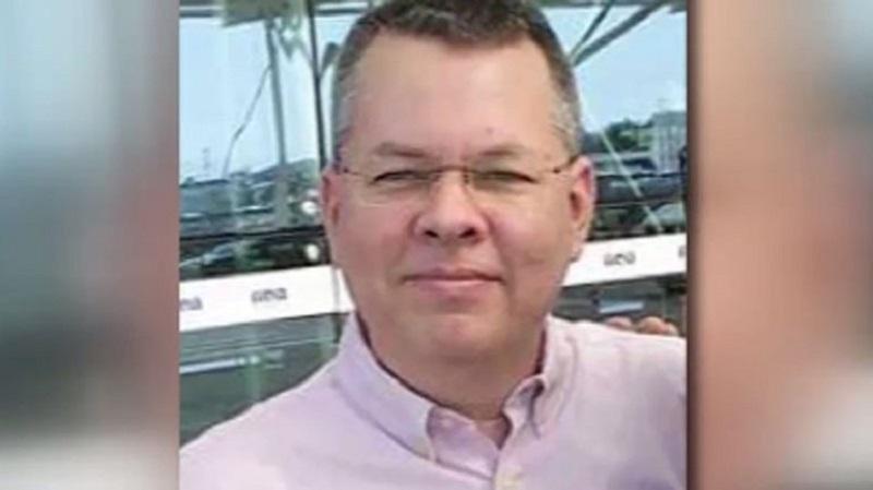 V Turčiji izpustili ameriškega pastorja