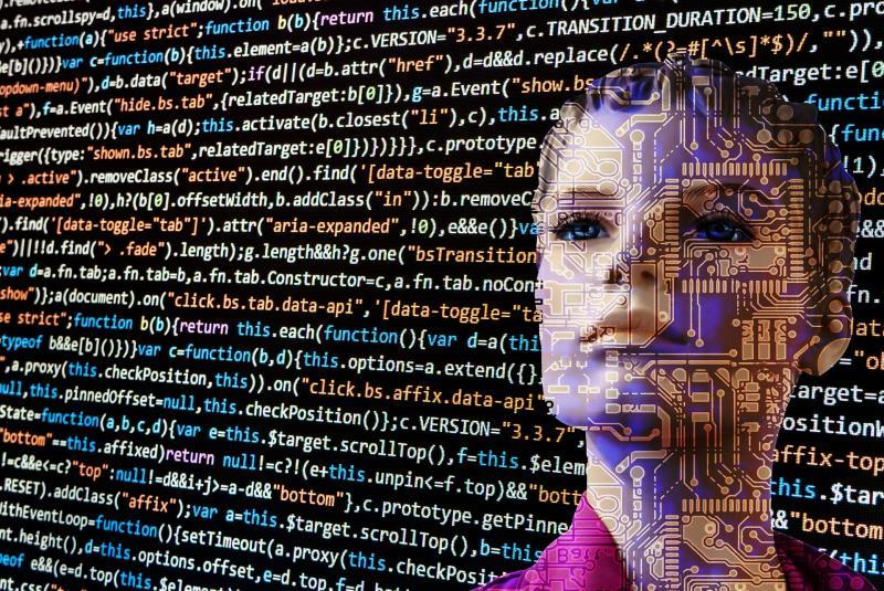 Osupljivo: robotsko novinarstvo v vzponu. Kako bo v prihodnje?
