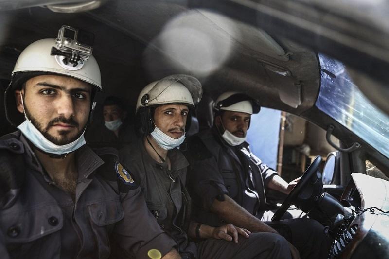 Sirija obsoja evakuacijo Belih čelad, ki so sodelovale s teroristi