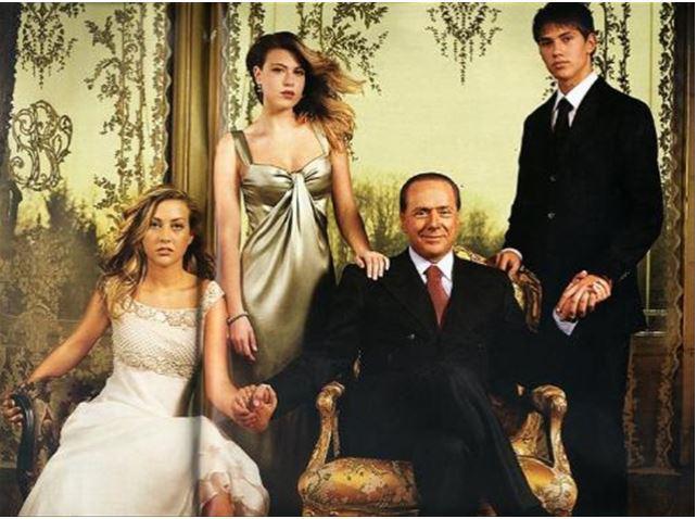 Berlusconijev sin čestital Silviu očetovski dan na nenavaden način: Zakupil je celo stran v časniku in mu namenil te besede