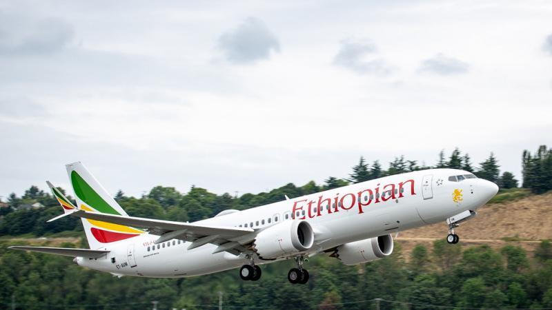V Etiopiji strmoglavil popolnoma nov boeing 737 MAX 8. Je kriva serijska napaka v senzorjih?