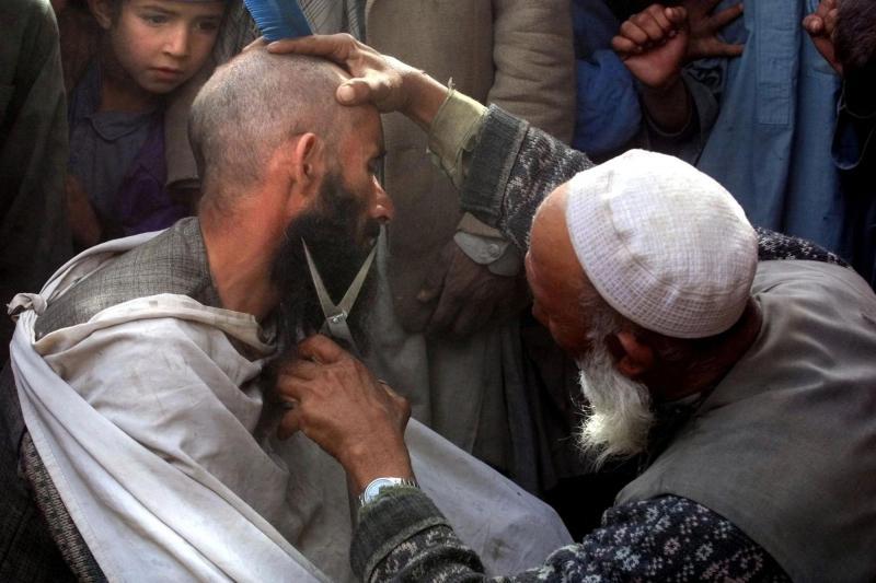 Talibani uvajajo nova pravila: Striženje brad strogo prepovedano, prepoved bodo nadzorovali »tajni inšpektorji«