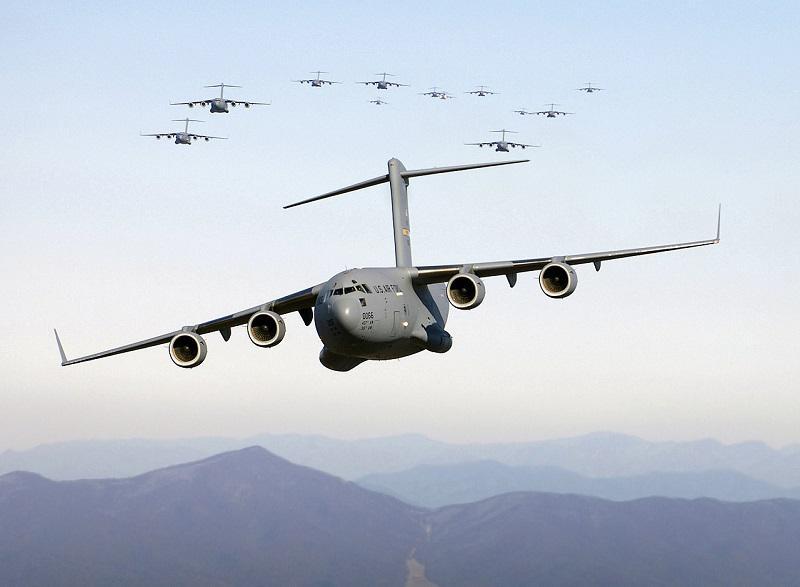 Afganistanska starša deklico imenovala - po ameriškem letalu