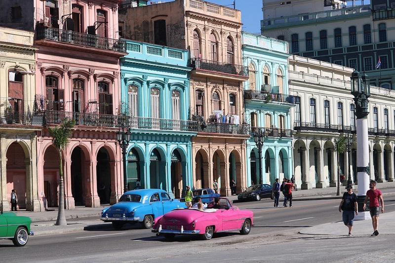 Biden proti Obami: ZDA znova glasovale proti odpravi 60 let starega ameriškega embarga zoper Kubo