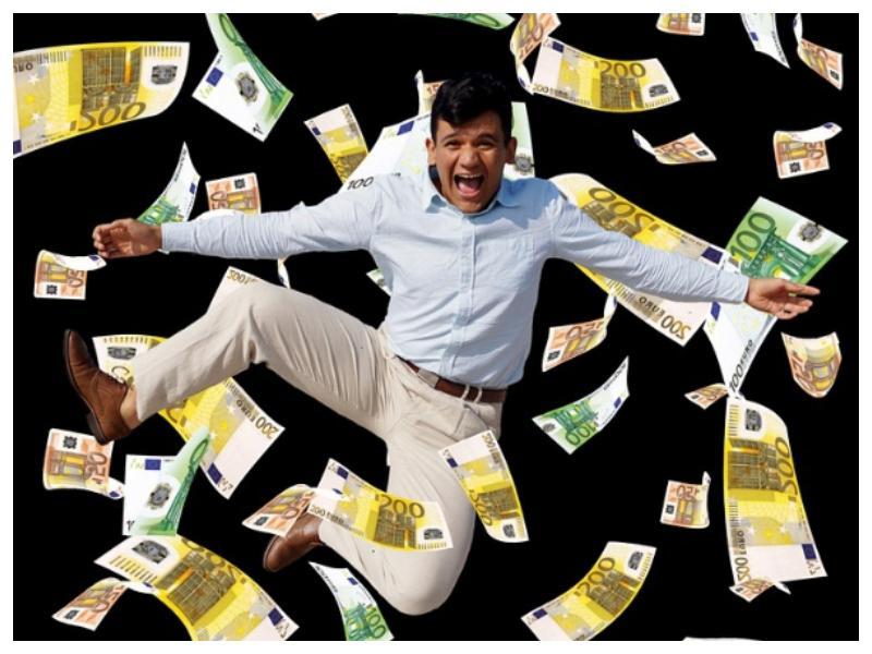 Potrebujete kredit? Banke vam bodo z negativnimi obrestnimi merami po novem celo plačale, da ga vzamete!