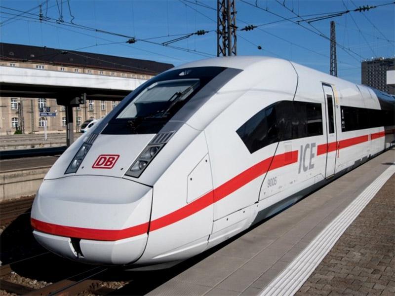 Deutsche Bahn v vse večjih težavah; sedaj potrebujejo še več sto strojevodij