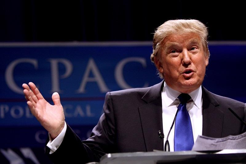 Trumpova odvetnika trdila, da lahko predsednik ZDA pomilosti samega sebe