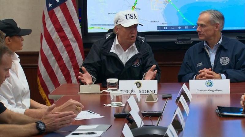 »Ali lahko prodamo otok?« Donad Trump po uničujočih orkanih razmišljal o prodaji prizadetega Portorika