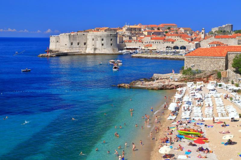 Hrvaške agencije pred propadom, cene v hrvaškem turizmu bodo morali spustiti do 40 odstotkov