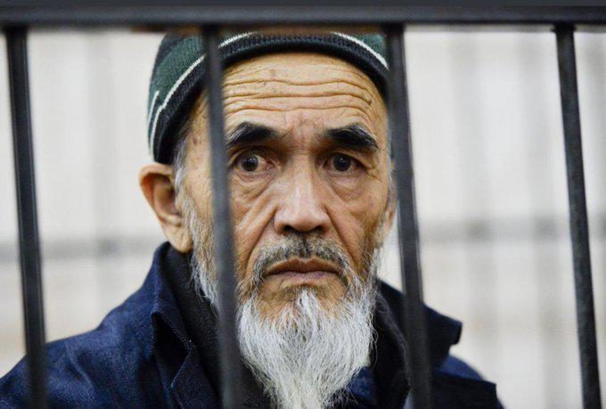 »Nekdanji zapornik in aktualni obtoženec soli pamet predsedniku Vrhovnega sodišča in predsedniku republike«