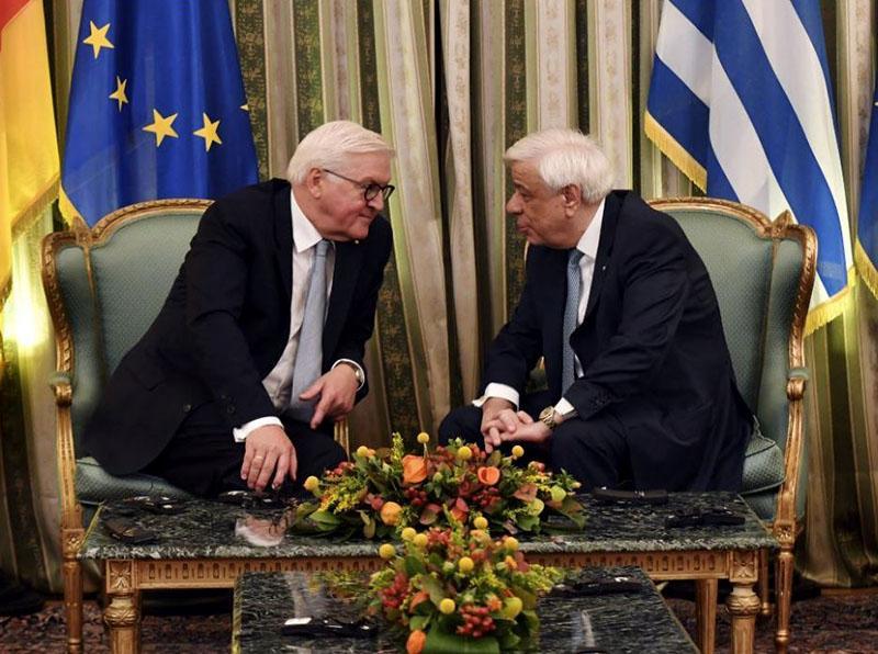 Grški predsednik ob obisku nemškemu izstavil račun: 376 milijard evrov za reparacije
