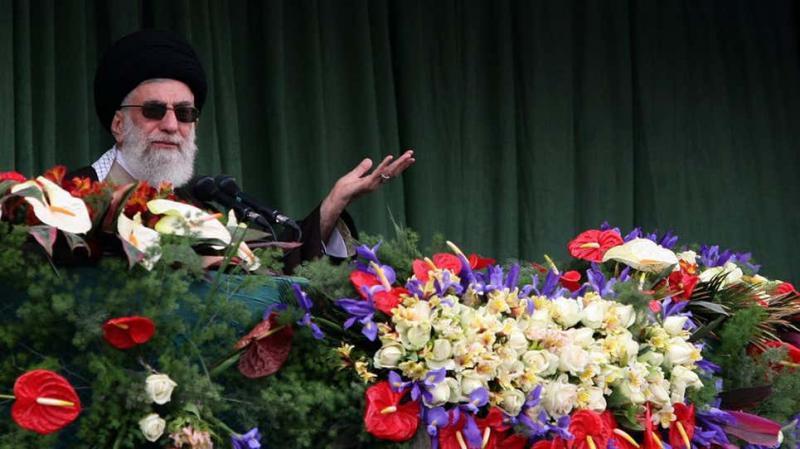»Zahod je bil nepravičen in zlonameren!«: iranski verski voditelj kritiziral pogajanja z ZDA
