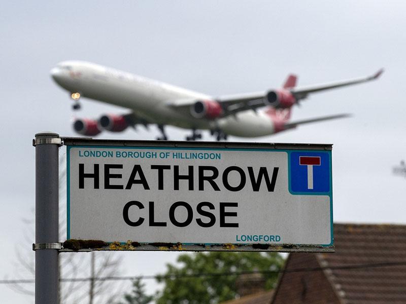 Brezpilotniki znova ustavili letalske polete – tokrat na največjem londonskem letališču Heathrow