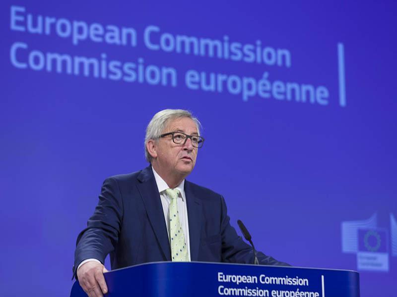 Juncker želi stalno enoto 10.000 varuhov meje do leta 2020