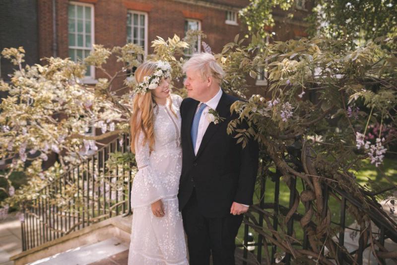 Katoličani jezni, ker se je Boris Johnson lahko poročil v cerkvi