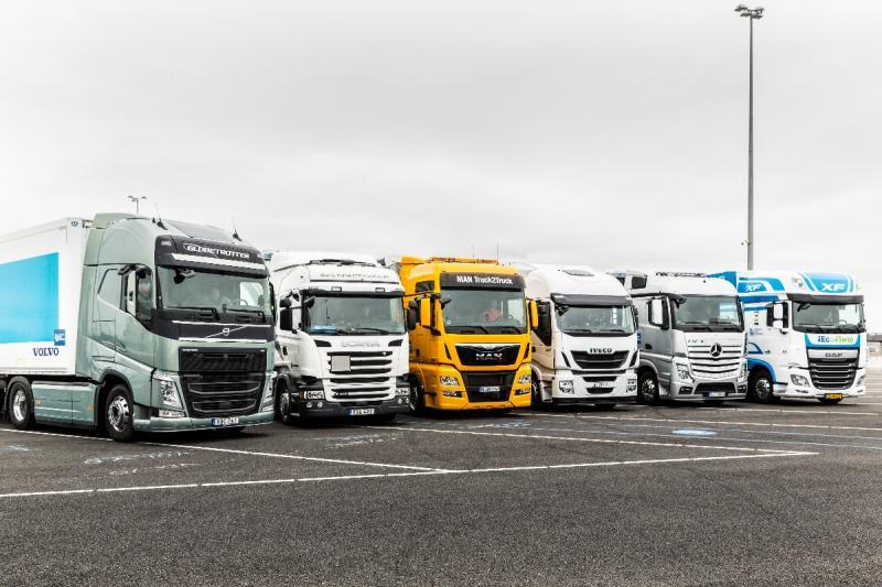 Avtoprevozniki prek dogovora z ministrstvom do boljših pogojev za izvajanje dejavnosti