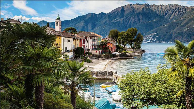 Švicarska vasica prodaja devet hiš, vsaka stane manj kot en evro!