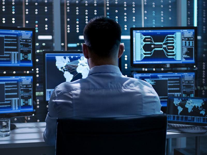 Z vohunskim kibernetskim orožjem Pegasus države vohunijo za novinarji, aktivisti in odvetniki, med njimi tudi Madžarska