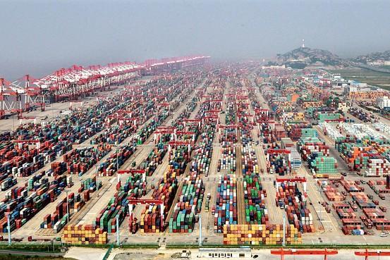 Kitajska okrepila nadzor nad delom uvoza iz ZDA
