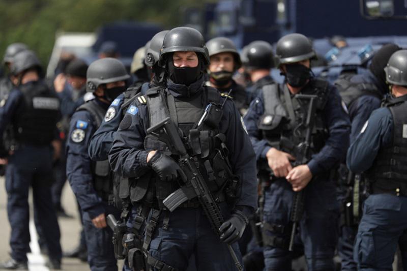 ZDA kritizirajo Prištino, Rusija podprla Srbijo: Vučić dal zvezi NATO 24 ur za odziv pred akcijo srbske vojske